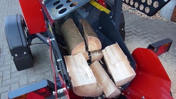 PILKEMASTER® EVO36 Sägespaltautomaten - automatisierte Brennholzgewinnung