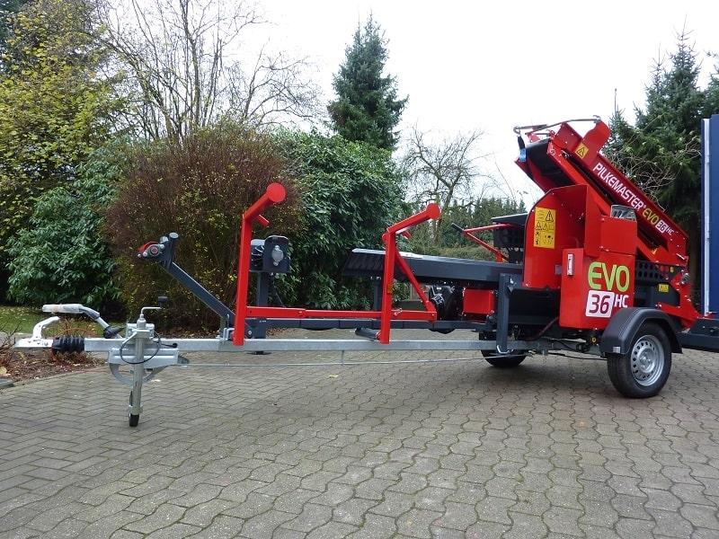 PILKEMASTER® EVO 36HC Säge-Spalt-Automat für PKW-Anhängung bei Forsttechnik Könemann GmbH, 29643 Neuenkirchen